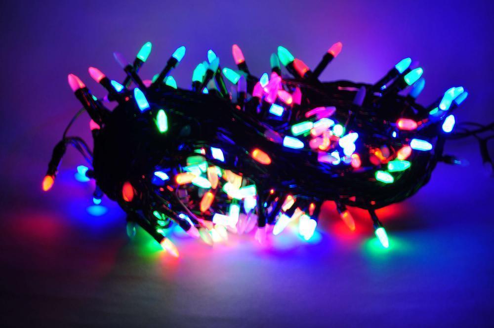 Гирлянда 200 ламп. на черном проводе