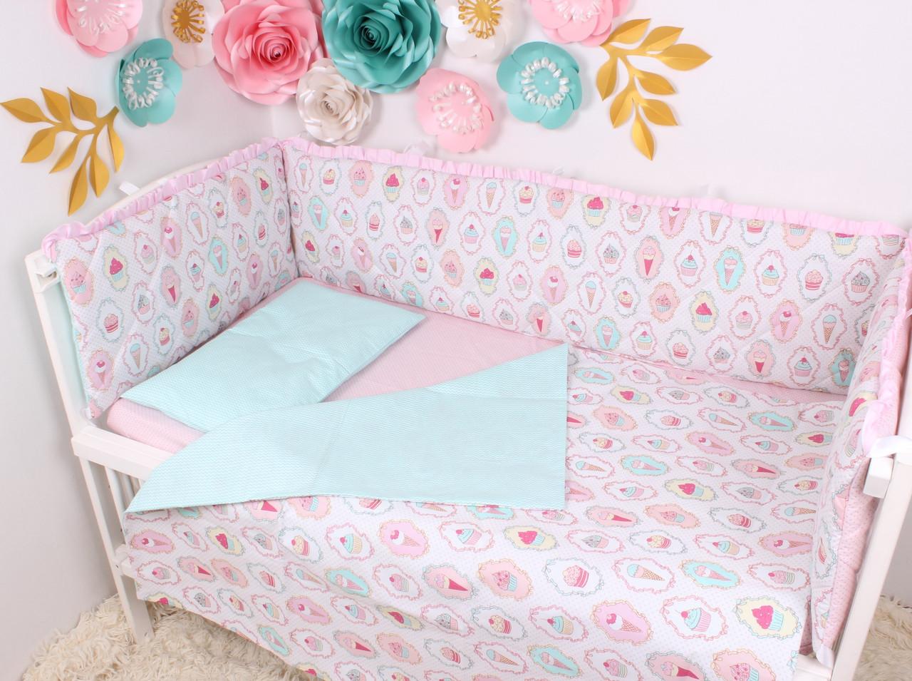 Тонкие бортики защита в кроватку животные серо розовый