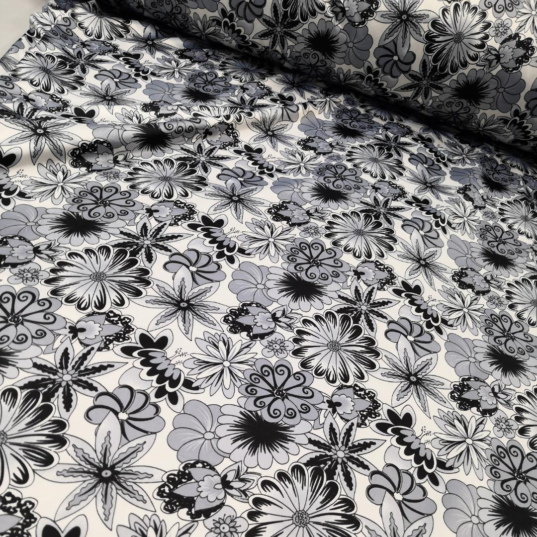 Атлас вискозный стрейч, черно-белые цветы