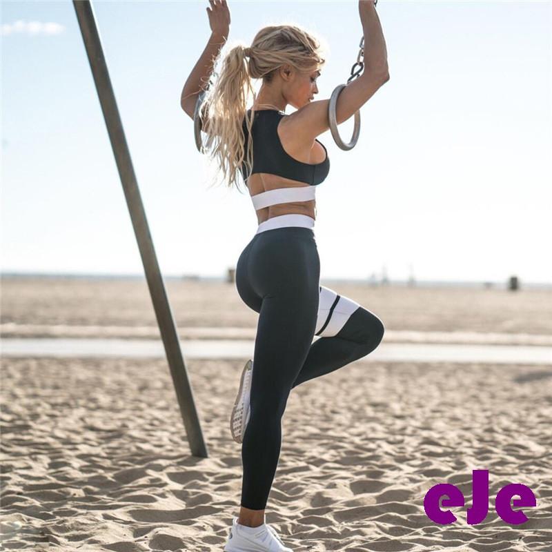 Костюм для фитнеса черный