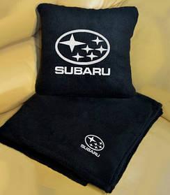 """Автомобильный плед-подушка с вышивкой логотипа """"SUBARU"""""""