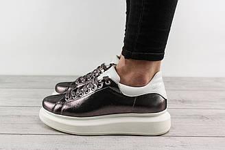 Женские кроссовки Alexander McQueen (Александр Маккуин, Маквин) - серебристые