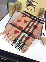 Кашемировый женский шарф в стиле Burberry с сердцами