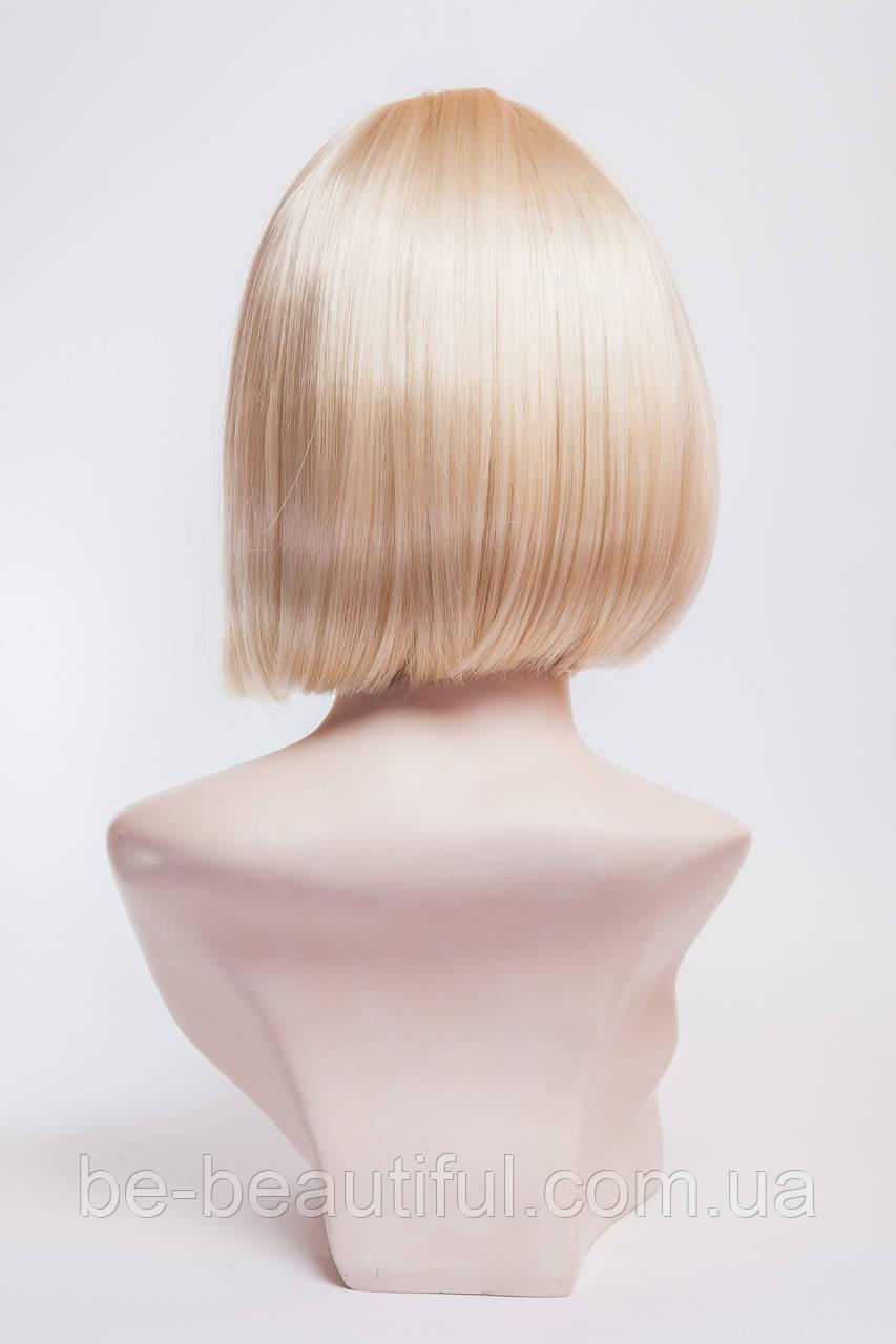 Парик каре №4,цвет классический блонд