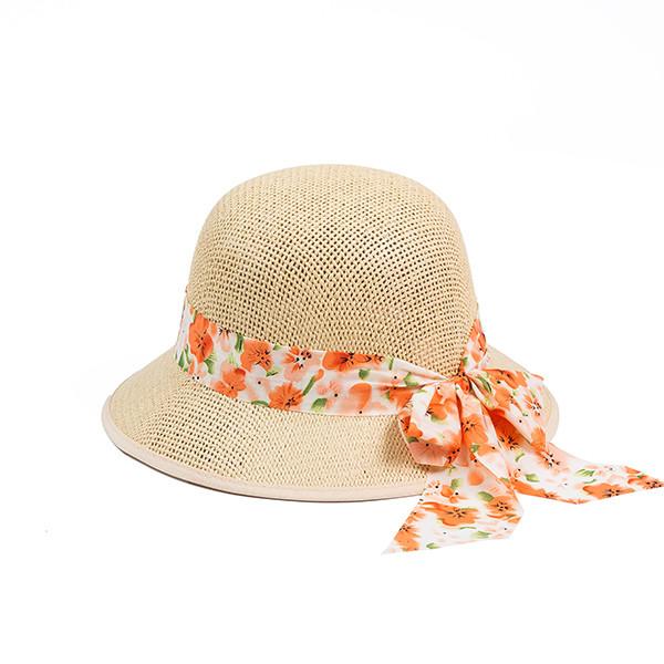 Женская  шляпка из плетеной соломки цвет бежевый