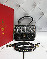 44dbdebf0675 Кожаная женская сумка Valentino Garavani. Натуральная кожа, заклепки -  золото. Люкс реплика!