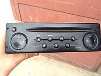 Магнитофон CD  RENAULT TRAFIC 00-10 (РЕНО ТРАФИК)