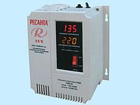 Стабилизатор напряжения релейный Ресанта Lux АСН-1500Н/1-Ц (1,5 кВт)