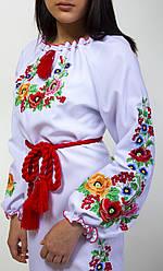 Вишите плаття жіноче довгий рукав на білій тканині