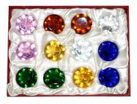 Комплект 12 цветных стеклянных кристаллов в коробке 4,8х4,8х2,5см.