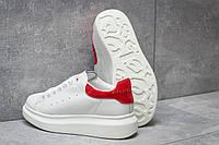 Кроссовки женские Alexander McQueen Oversized Sneakers, белые размеры в наличии 40 (последняя пара)  ]