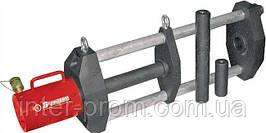 Выпресовщик шкворней и пальцев траковых цепей ВП70П250