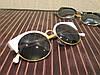 Очки солнцезащитные в ретро стиле - глаза кошечки, белый цвет, душки и обод окуляра металл золотистого цвета
