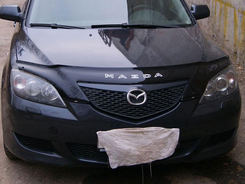 Дефлектор капота (мухобойка) Mazda 3 с 2003 г.в. Х/б