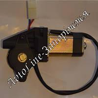 Двигатель с мотор-редуктором стеклоподъемника реечного Форвард (черная оплетка проводов)