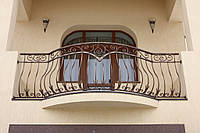 Балкон кованый.