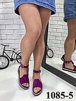 Женские босоножки с кисточками