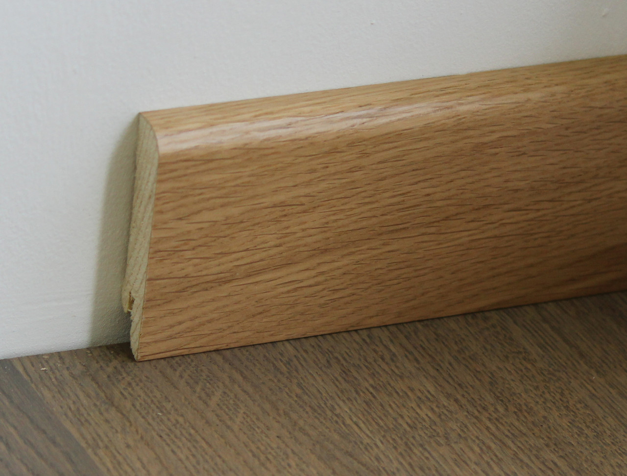 Деревянный плинтус Pedross Oak Varnished 70мм