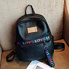Рюкзак женский чёрный кожзам. с надписями Love, фото 6