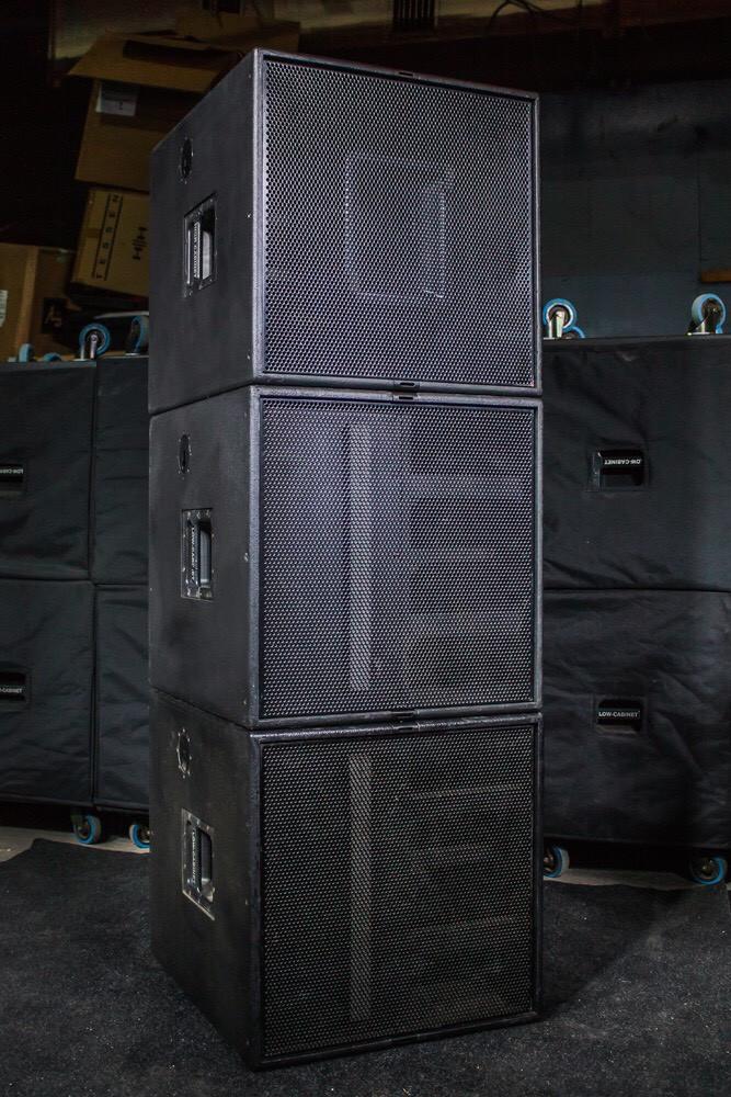 Комплект звука Dynacord V-system (4 саба и 2 топа)