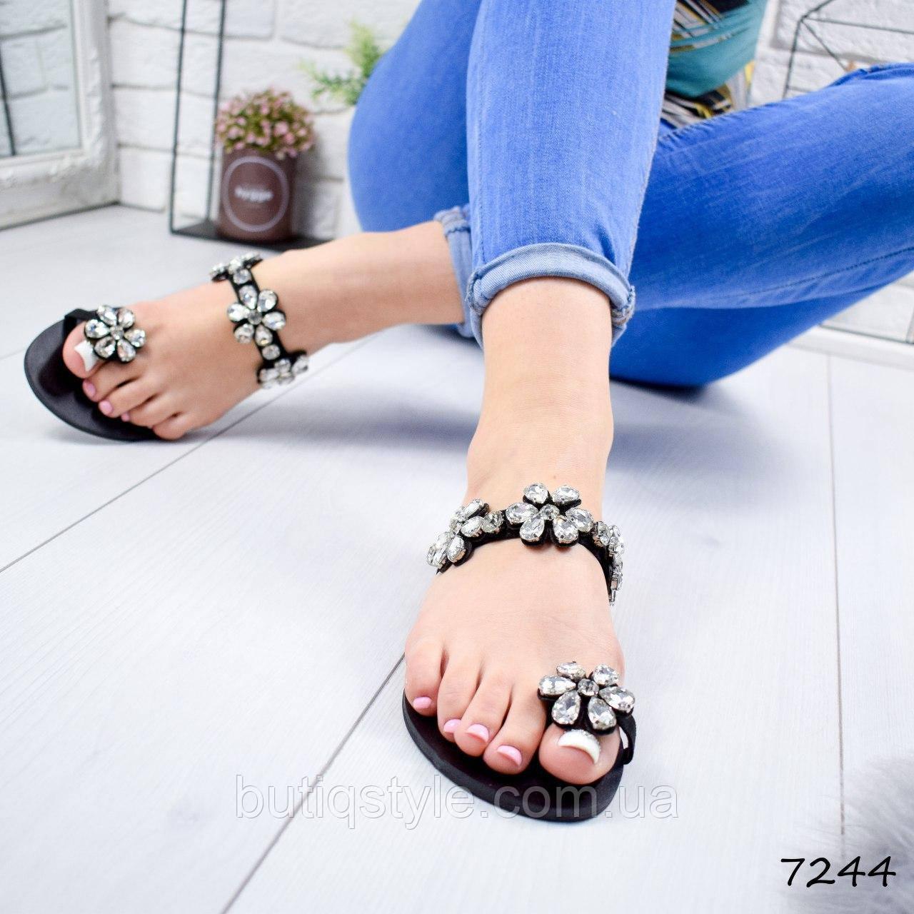 36, 37 размер Шлепки женские черные со стразами экозамш