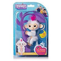 Интерактивная обезьянка Fingerlings Happy Monkey Белая