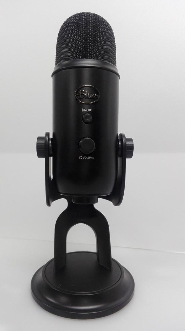 Микрофон Blue Microphones Yeti Blackout проф решение для видео или стримов