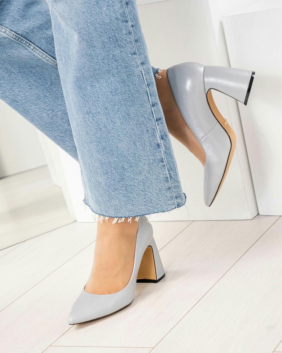 Модные Кожаные женские туфли на удобной каблуке серый перламутр. Бренд Modus Vivendi