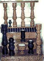 Балясины из гранита, колонны, перила, шары