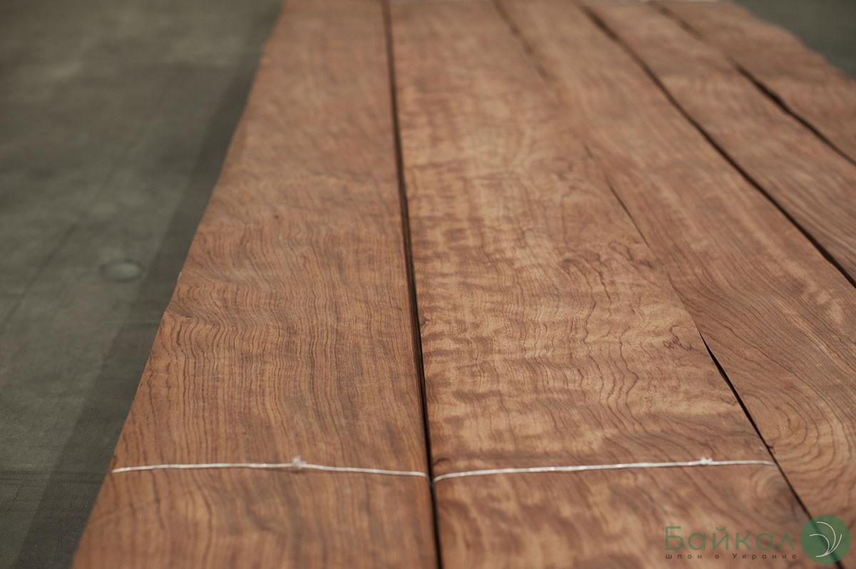 Шпон Бубінга Кевазінго - 0,6 мм 2,10 м+/10 см+ (Logs)