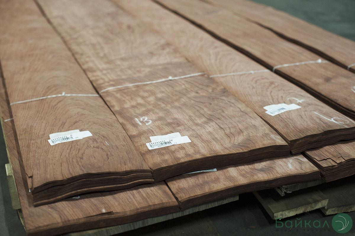 Шпон Бубинга Кевазинго - 0,6 мм 2,60 м+/10 см+ (Logs)