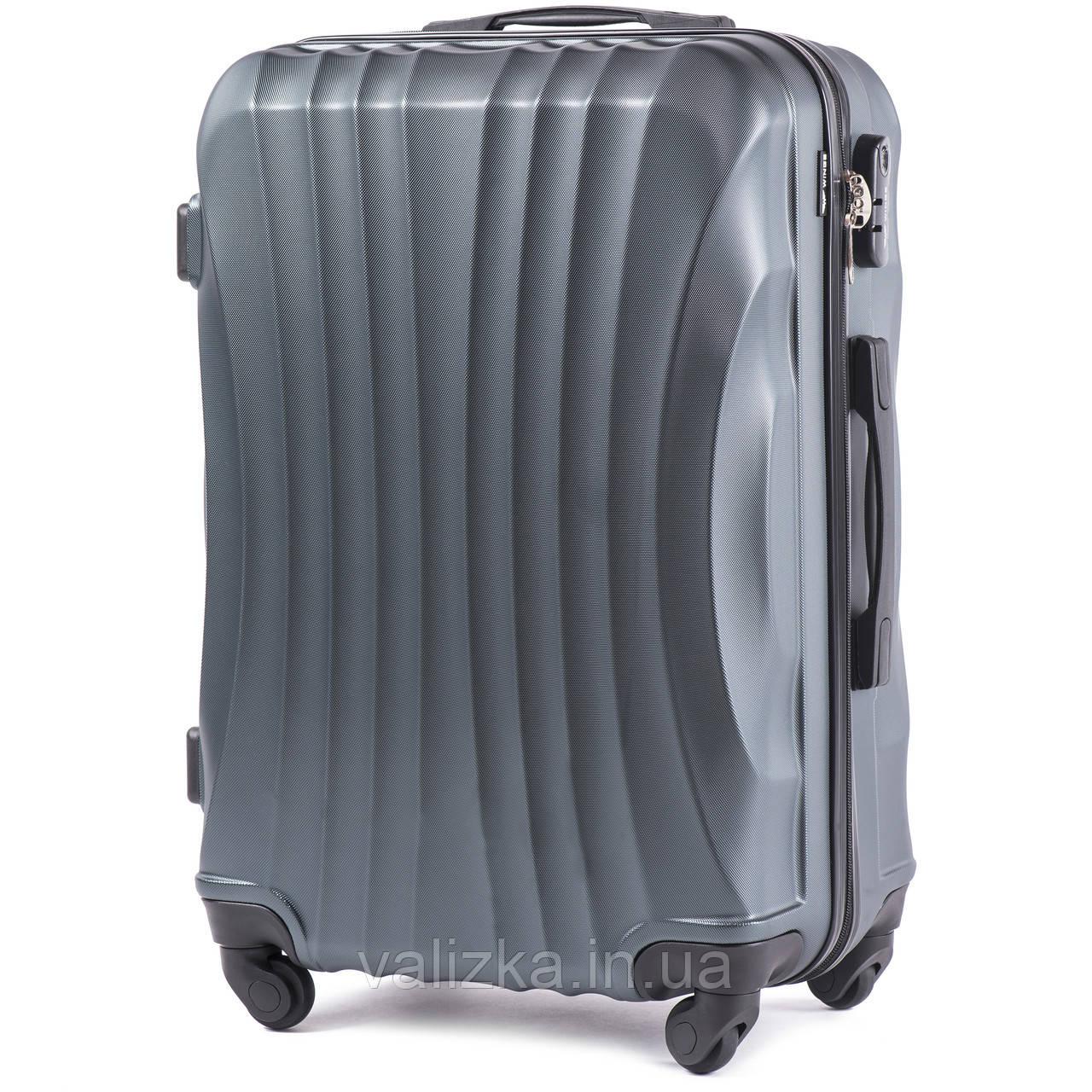 Большой чемодан из поликарбоната Wings 159  темно-зеленый на 4-х колесах