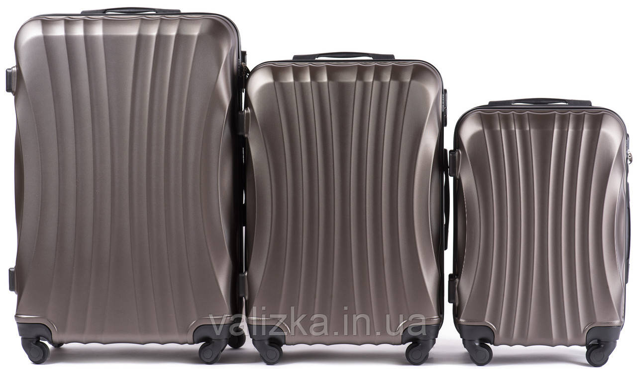 Комплект чемоданов из поликарбоната 3 штуки малый, средний, большой Wings ракушка темно-кофейный