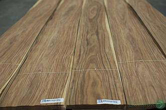 Шпон Палісандр Сантос (натуральний) Logs - 0,55 мм 2,60 м+/10 см+