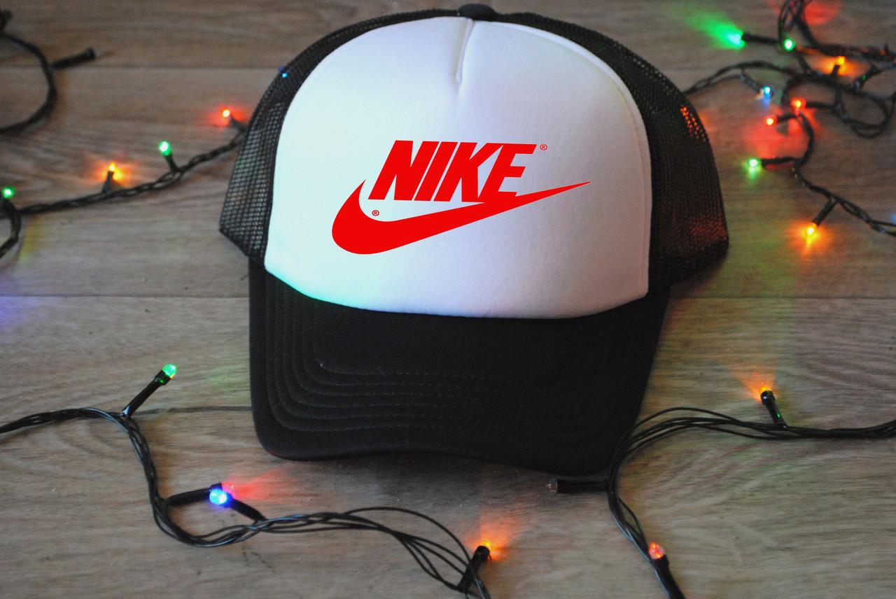 Кепка с сеткой Nike принт красный реплика