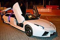 Лимузин Lamborghini Reventon белая