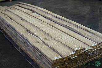 Шпон Дуба (сучки) - 0,55 мм 2,10 +/9 см+ (натуральний)