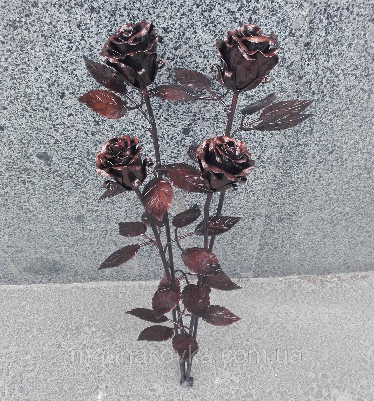 Роза кованая бронза, букет роз на кладбище