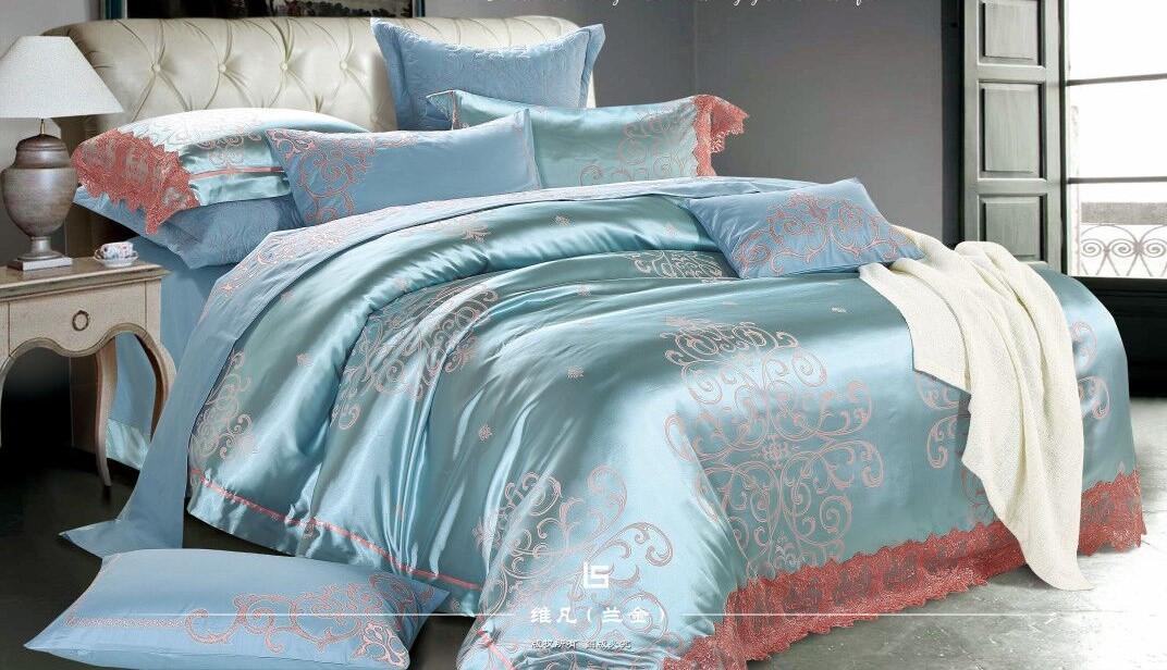 Двуспальный комплект постельного белья евро 200*220 (жаккард сатин)
