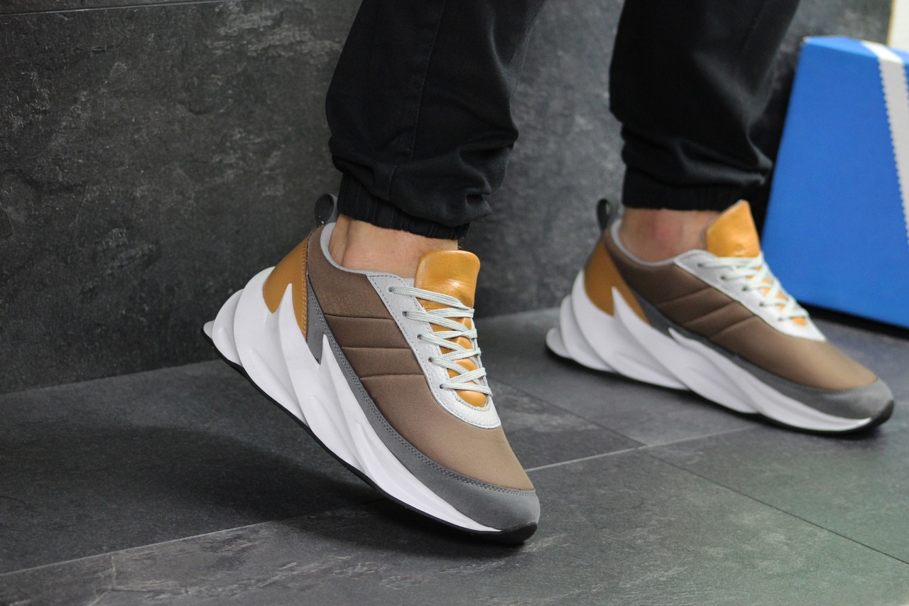 Мужские кроссовки Adidas Sharks (коричневые)