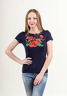 Женская вышитая футболка