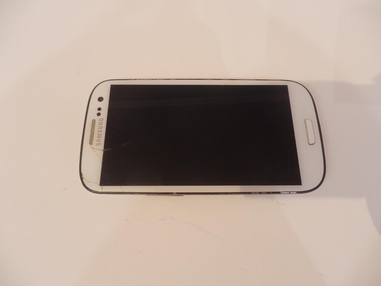 Мобильный телефон Samsung i9300 №6532
