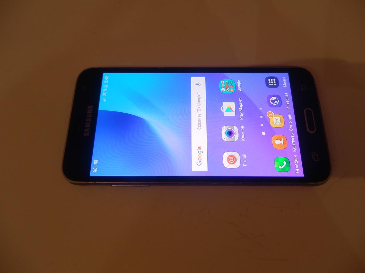 Мобильный телефон Samsugn J320FN №6541