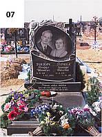Подвійний пам'ятник на одній арці із граніту на могилу