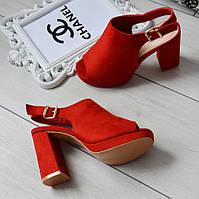 Босоніжки жіночі закриті червоні екозамша на каблуці, фото 1