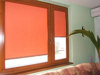 Рулонные шторы для окна на балконе