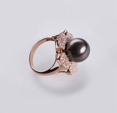 Золотое  кольцо с жемчугом и бриллиантами С17Л1№32