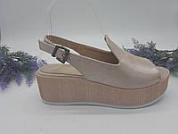 Босоножки на платформе Guero пудра G182-645 кожа 39(р)