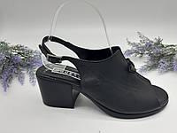 Босоножки на каблуке Guero черный 1324 кожа 37(р)