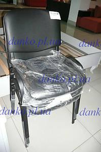 Офисный стул для посетителей ISO-17 Black V-4 от Nowy Styl, черный кожзам